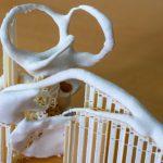 Vergrößerter 3D-Druck von Risikostrukturen wie Gesichtsnerv und Bogengängen. Die Stützen wurden automatisch durch die Slicer-Software des 3D-Druckers generiert und können leicht entfernt werden.