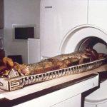 Die Mumie im CT-Scanner